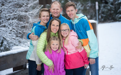 Colorful and Snowy Family Pictures | Utah Family Photographer